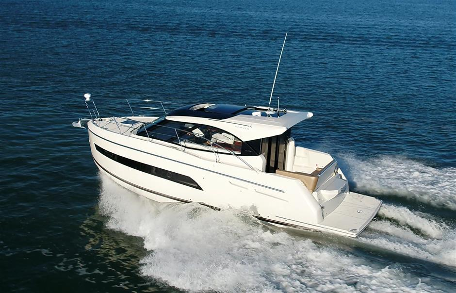 How To Buy A Used Boat A Step By Step Process For Acquiring The Right Boat Tom George Yacht Group Tgyg