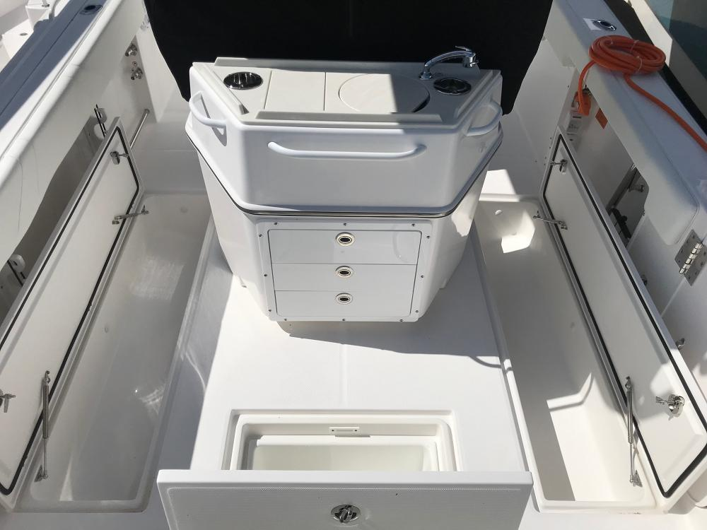Image 1743: center console boats for sale
