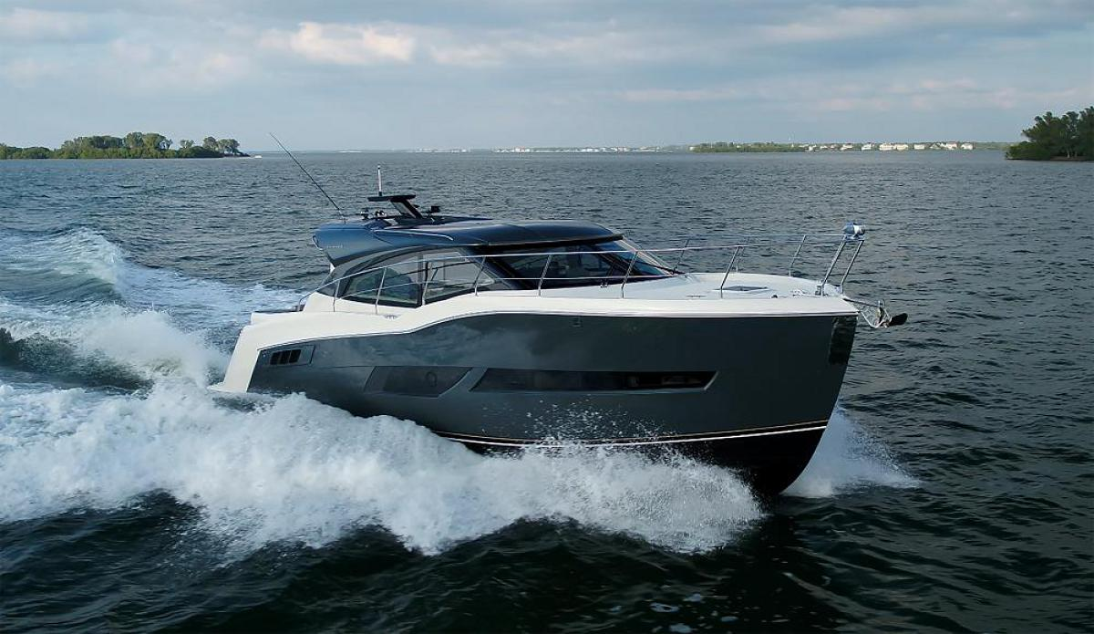 40 Foot Yacht: Guide to Buying New and Used Boats | Tom