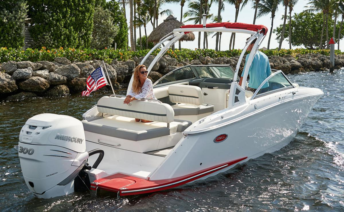 Boat Engines Explained Different Types Outboard Engines Vs Sterndrive And More Tom George Yacht Group Tgyg