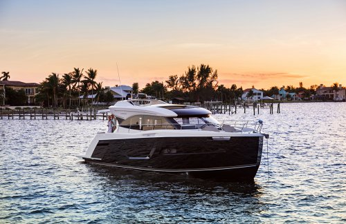 Review of Carver C52 Coupe