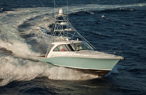 40 Foot Yacht: Guide to Buying New and Used Boats