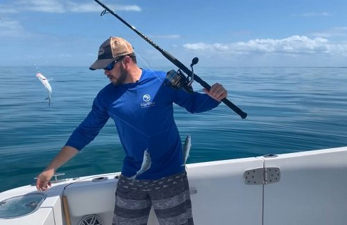 How to Catch Live Bait on a Sabiki Rig - Video Tutorial