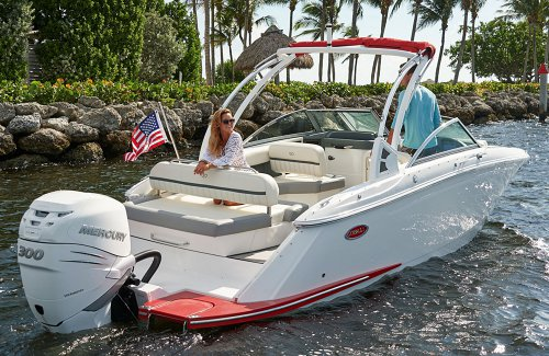 Boat Engines Explained: Different Types, Outboard Engines vs. Sterndrive and More