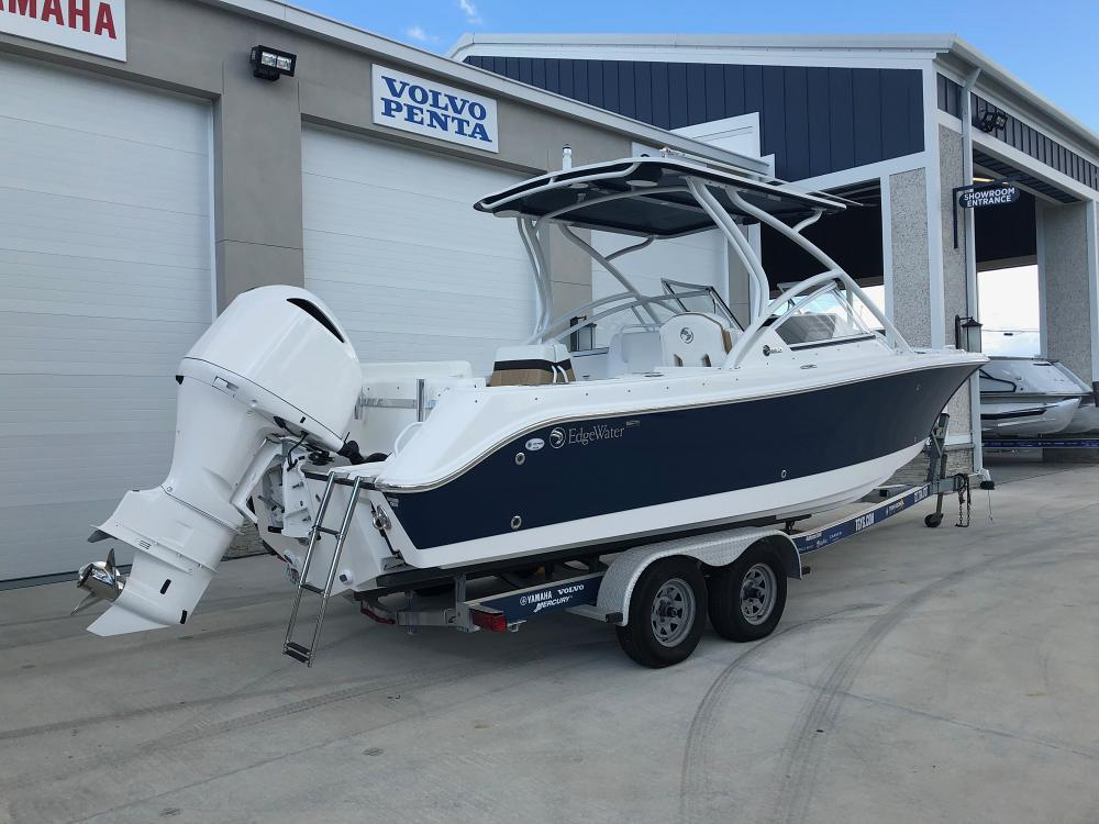 Boat Engines Explained: Different Types, Outboard Engines vs